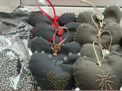 Beaded decorations 003